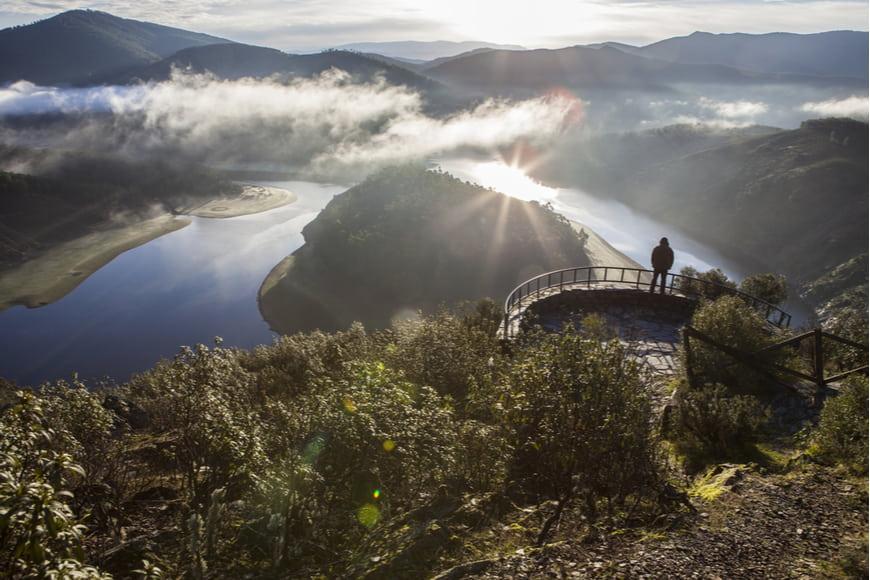 8 destinos ideales para viajar en otoño en España
