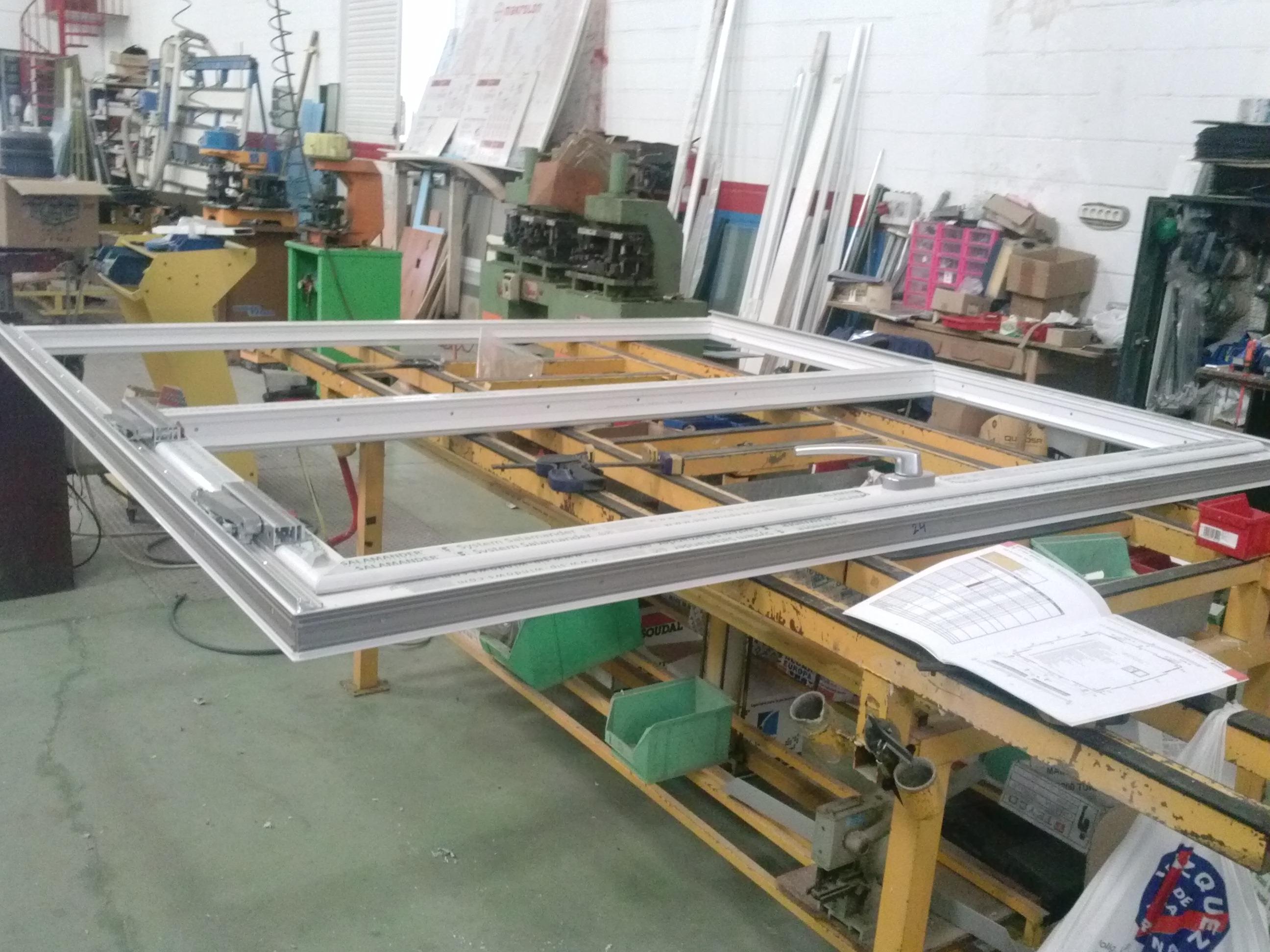 Ventglas - Sistemas de PVC y Aluminio