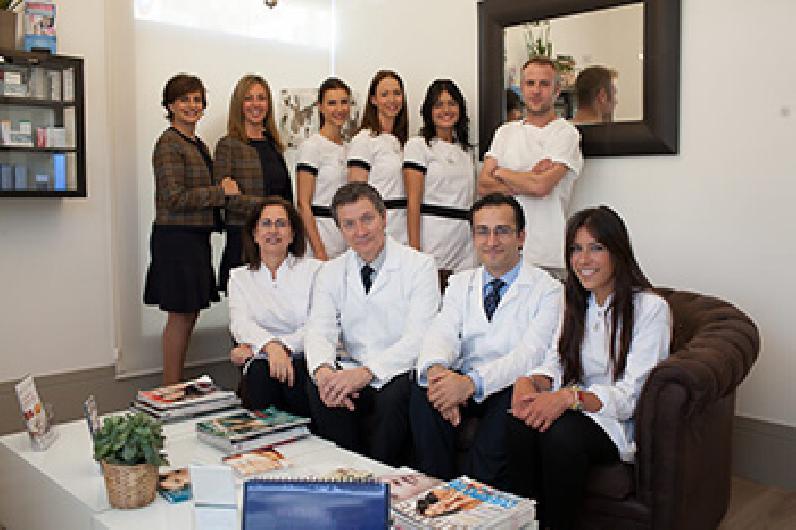 Cínica IXORA Cirugía y Medicina Estética