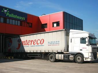 Flota camiones transporte internacional