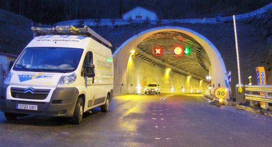 Instalación eléctrica en Túnel del Rañadoiro